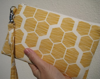 Wedding Clutch 2 pockets,medium,yellow,discount plan set, wristlet, cotton - Hive in maize