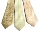 "Lace doily men's necktie. Rustic, romantic tatted ""Cottage Lace"" tie, ivory cream print. Standard or narrow size. Groom, groomsmen gift."