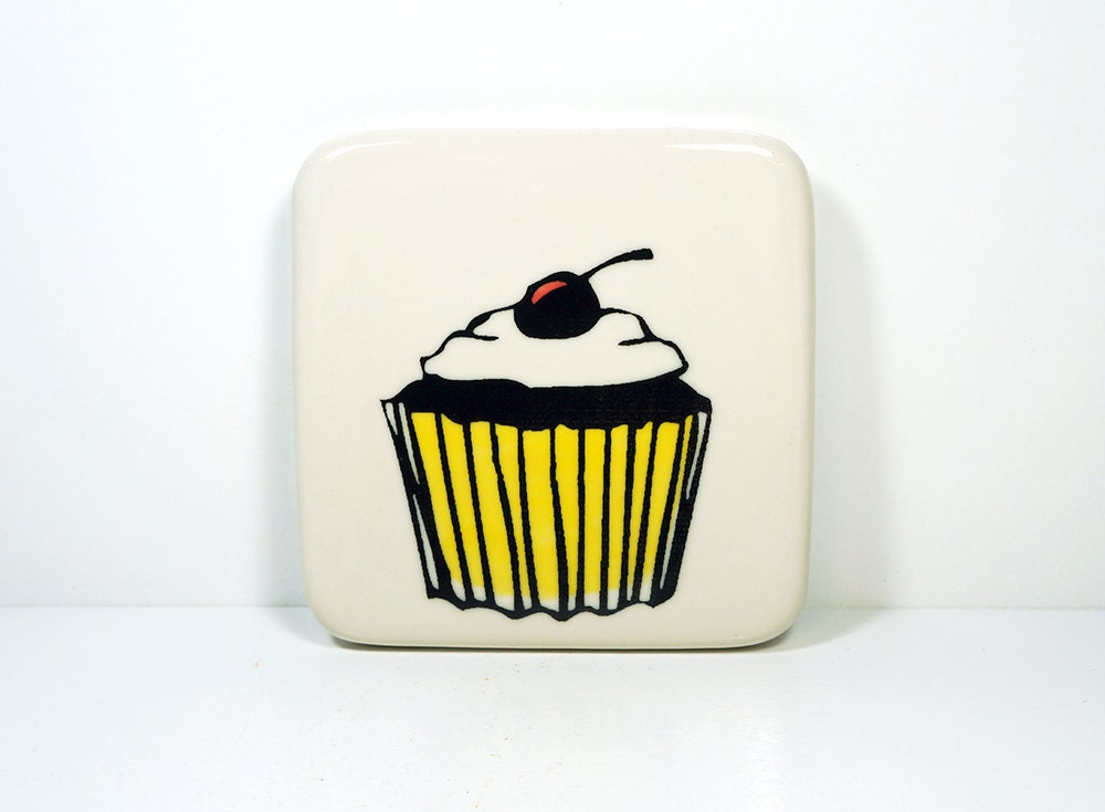 tile of a cupcake. Made to Order.