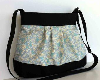 summer messenger bag , floral spring purse , vegan crossbody bag , handmade travel bag , cross over purse with top zipper , fabric side bag