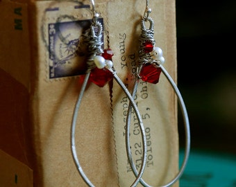 Blood Countess - Strung-Out guitar string teardrop earrings with crystal and freshwater pearls