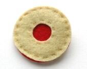 Felt Jammy Biscuit Brooch