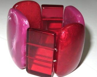SJK Vintage -- Mod Lucite Stretch Statement Bracelet in Red, Orchid, Ruby, Pink (1970's-80's)