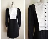 white ruffle BIB pinstripe dolly dress (m)