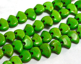 Six Dyed Green Magnesite Zuni Style Bear Fetish Beads Southwestern Navajo Pueblo Sky Water Totem Animal Cool Puff Chartreuse Poison Apple