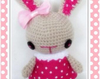 Crochet bunny amigurumi miniature