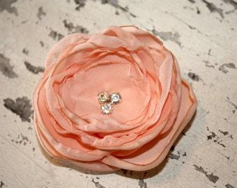 Pale peach flower hair clip, peach fascinator, Pale peach hair accessory with rhinestone center for wedding day bridesmaids