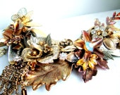 A sprinkling of gold -  OOAK Neckpiece - Ready to ship xx