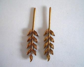 Vintage Leaf Pair