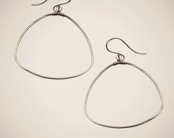 dewdrop hoop earrings with wire wrapped bail hammered jewelry
