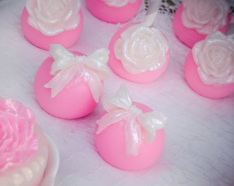 Round Cake Pop Soap, Birthday Party Favor, Wedding Favor, Shower Favor, Soap Pop, Cake Pop, Ribbon Favor, Rose Favor