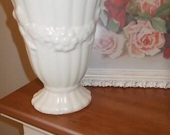 White Matt pottery vase flower garland 1940s