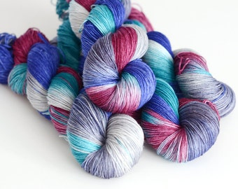 Hand Dyed Sock Fingering Yarn - Continuum Transfunctioner