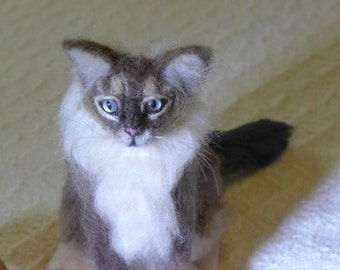 Needle Felted Cat / Custom Pet Portrait by Gourmet Felted / Cat Art Oriental mix