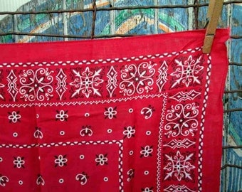 Trunk Up Vintage Red Bandana square swirl designs fast color 100% cotton 60s Bandana red Kerchief