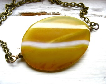 Agate Necklace, Agate Stone Jewelry, Handmade Artisan Jasper Gemstone Jewelry, Yellow White Agate, Stone Necklace, Pendant Necklace