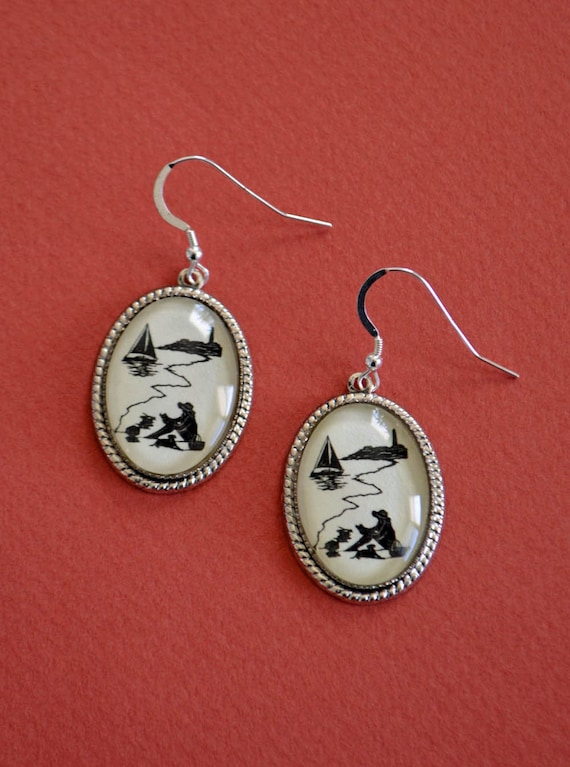 Sale 20% Off // AFTERNOON READING on the BEACH Earrings - Silhouette Jewelry // Coupon Code SALE20