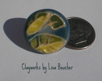 Porcelain Jungle Leaf Shank Button