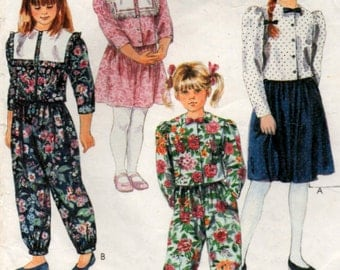 1990s Girls Top Skirt and Pants in two lengths Sizes 7 8 and 10 years McCalls 5655
