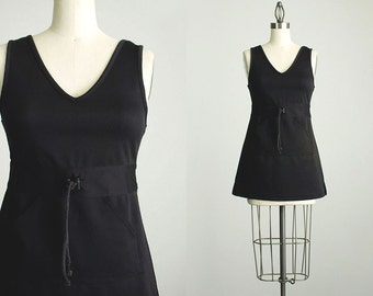 20% Off with Coupon Code! MARCH20 / 90s Vintage Black Mini Jumper Dress / Size Extra Small / XS