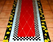 FLOORCLOTH , hand painted rug  COUNTRY PRIMITIVE  Folkart  3'x6' / Honey Bees