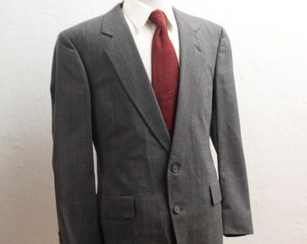 Men's Suit / Vintage Grey Blazer and Trousers / Size 42
