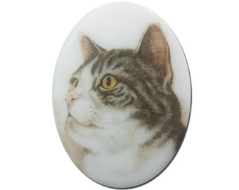Vintage Glass Short Haired Gray Stripe Cat Cameo Cabochon 40x30mm (1) cab386L