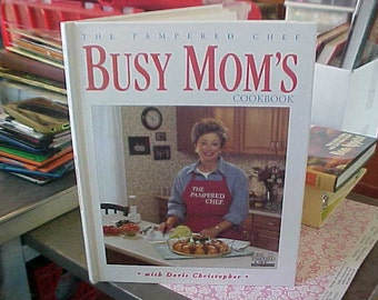 1996 pampered Chef Busy Mom Cookbook Excellent Condition Good Recipes