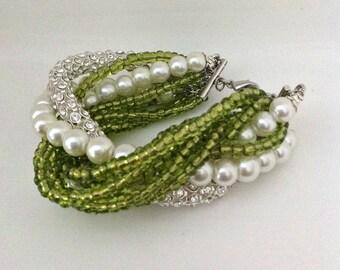 pearl bracelet brides bracelet, bridesmaids gift,rhinestone bracelet, Bridal, Bold Chunky White and Moss green, glass Pearl Bracelet