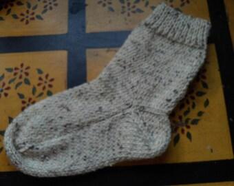 Hand Knit  Wool Socks  Womens Size Medium 7-9  Nubby Cream Tweed