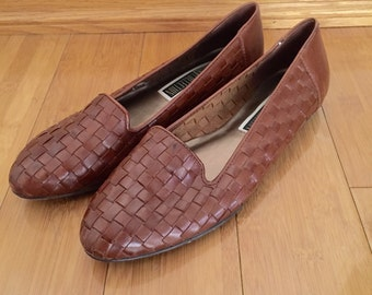 90s The Leather Collection Cognac Brown Woven Leather Loafer Flats, Size 10