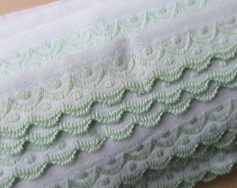 Italy 2 Yards Vintage Cotton Edging Embroidered Folkloric Fabric Sewing Trim Green And White  FL-3