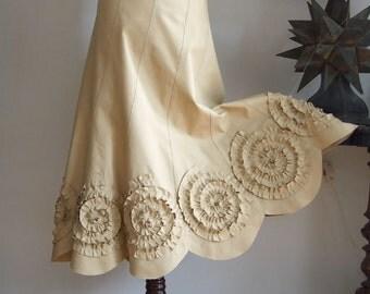 Skirt with rosettes in mustard yellow, prairie bride skirt, woodland skirt, fall foliage colors skirt, boho skirt, denim cotton canvas skirt