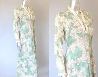 Trousdale floral maxi dress   1970s floral dress   vintage 1970s dress