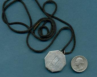 ART DECO Sterling LOCKET Webster Silver Co c1930 Octagon Shape