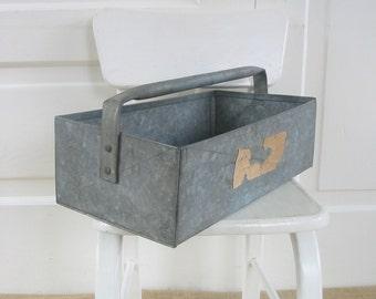 Vintage Metal Tote Tool Carrier Box Industrial Rustic Primitive Garden