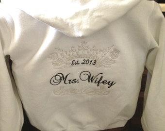 Personalized Bride Bridal  Crown Queen Zip Up front Hoody Mrs. Sweatshirt Hoodie Honeymoon Bridal shower Plus size 2 XL  3 XL