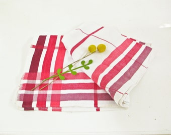 Vintage Tablecloth White and Red Stripe Picnic Tablecloth, Cafe Style