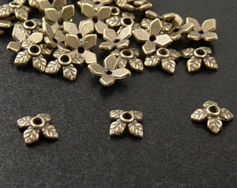 CLEARANCE Bronze Bead Cap 25 Antique Bronze 4 Point Leaf 8mm x 2.5mm (1041cap08z1)os