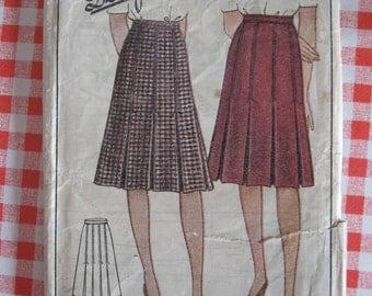 "1940s Skirt - 28"" Waist - Economy Design 173 - Vintage Wartime WW2 Sewing Pattern"