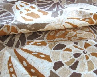 Seashell Batik Print Fabric / Cotton Yardage - Lahaina Batiks - Hoffman California