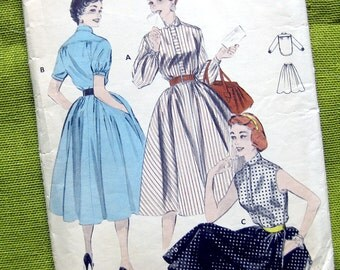 1950s Vintage Sewing Pattern - Blouse and Skirt - Butterick 7198 // Size 12 Bust 30