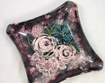 Sascha Brastoff Dish with Floral Design, Roses