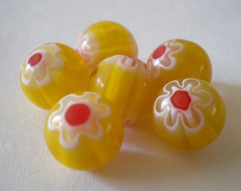 10mm Yellow Red White floral round Glass beads - 10pcs