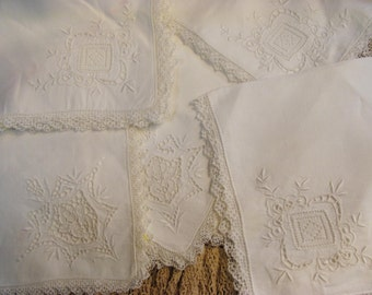 Exquisite Large White Napkins, Wedding, Occassion ,Exceptional Detail, Lot of 6