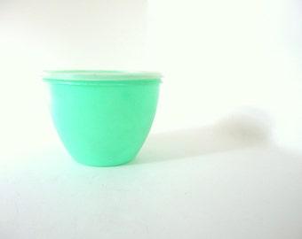 Vintage Green Lettuce Crisper