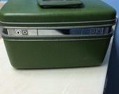 Vintage Samsonite Train Case -Olive Green