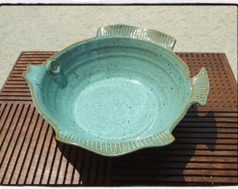 Large Turquoise Fish Bowl by misunrie