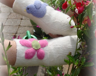 Lambswool Fingerless Gloves with Blue Bird and Flower