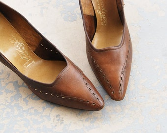 CLEARANCE Sale vintage 60s Shoes -  1960s Brown Leather High Heels Sz 7 38